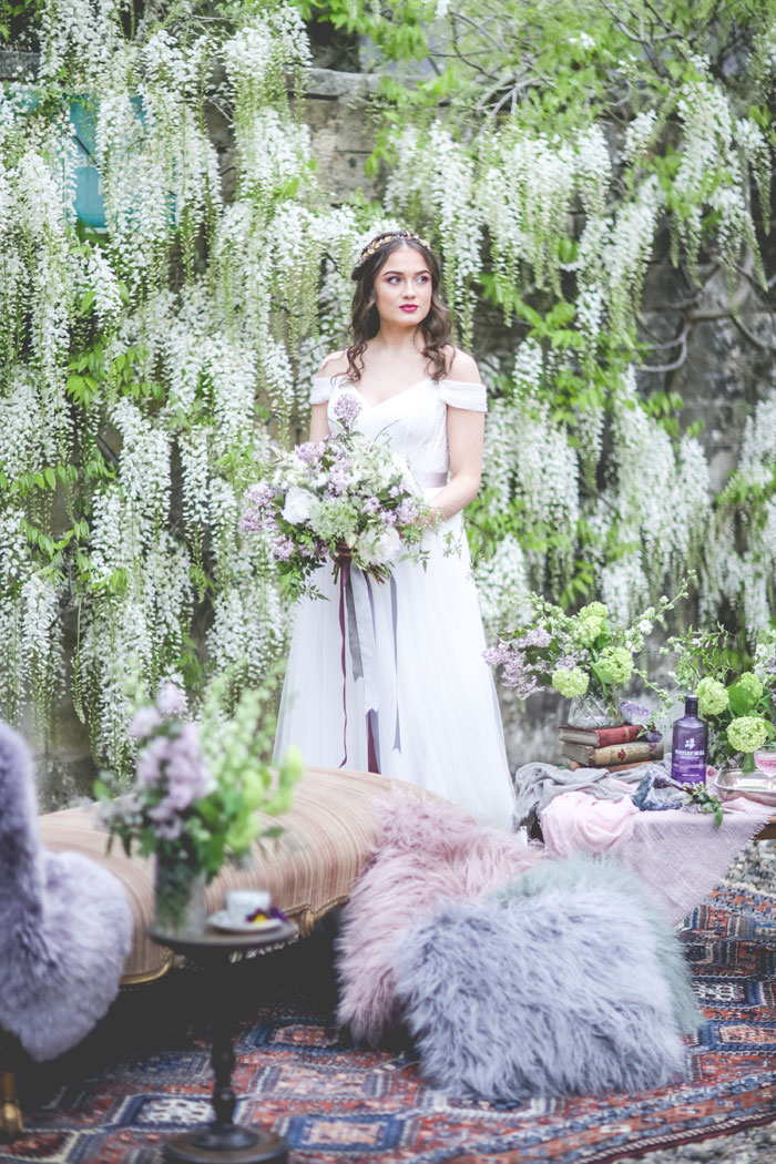 a-wisteria-filled-wedding-shoot-in-northumberland-3