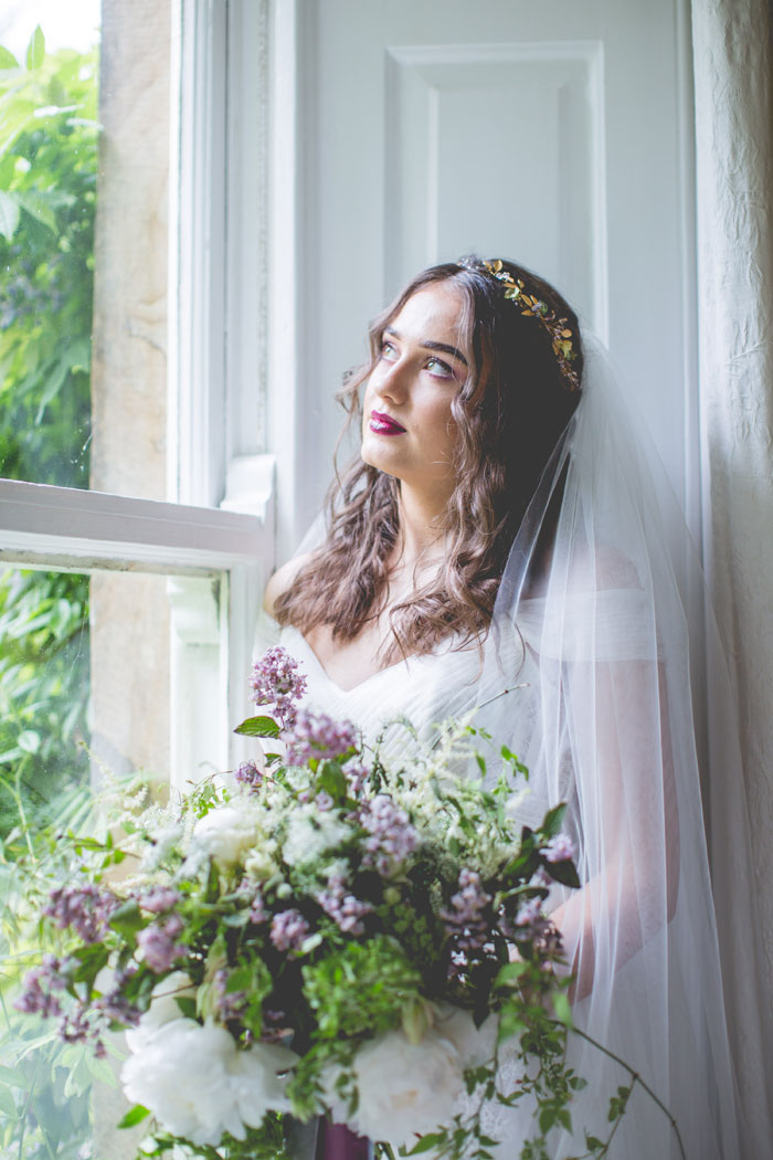 a-wisteria-filled-wedding-shoot-in-northumberland-12