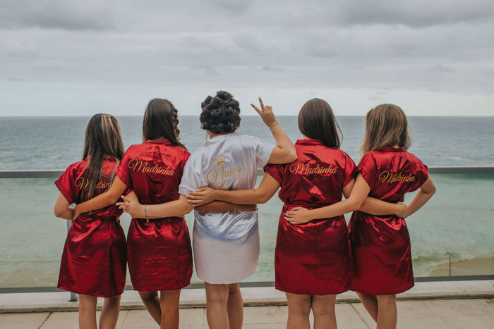 10-tasks-for-your-bridesmaids-3