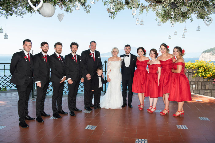 classic-red-and-white-italian-wedding-in-sorrento-6