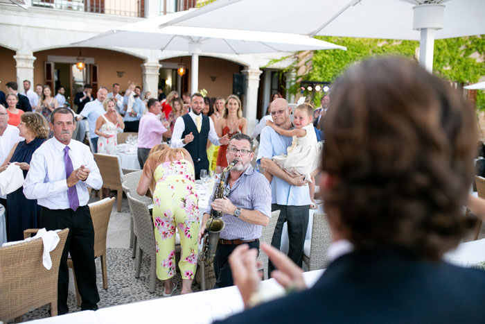 a-majorcan-wedding-with-drinking-and-dancing-22