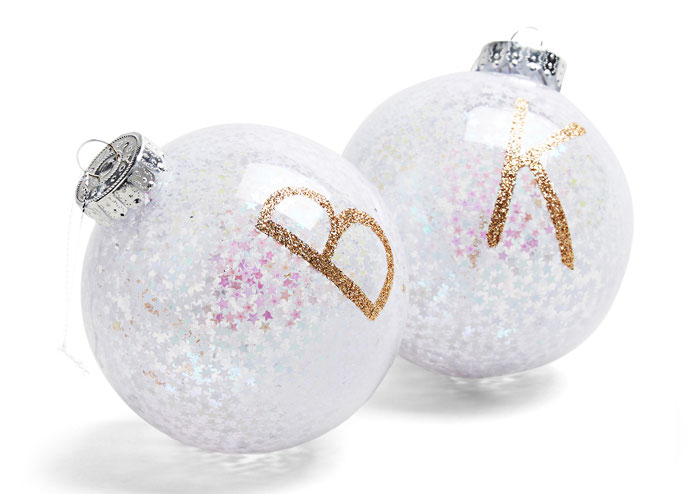 11-wedding-themed-christmas-decorations-10