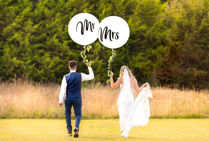 how-to-decorate-your-wedding-venue-with-balloons-9