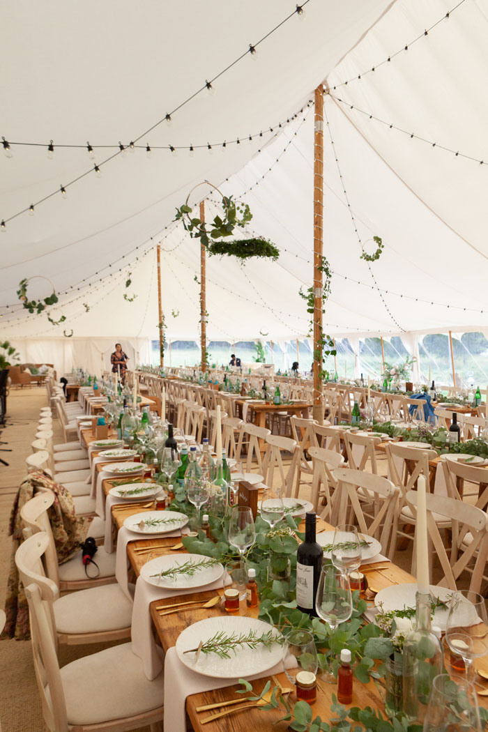 caribbean-themed-rustic-wedding-surrey-11