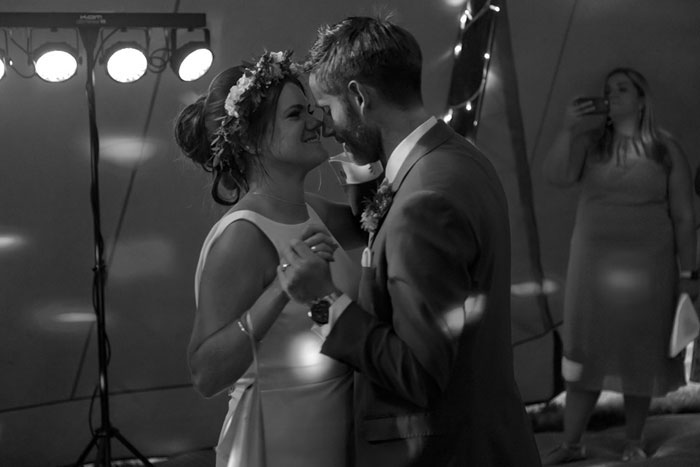 a-diy-tipi-wedding-in-north-yorkshire-3