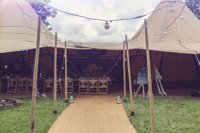 a-diy-tipi-wedding-in-north-yorkshire-13