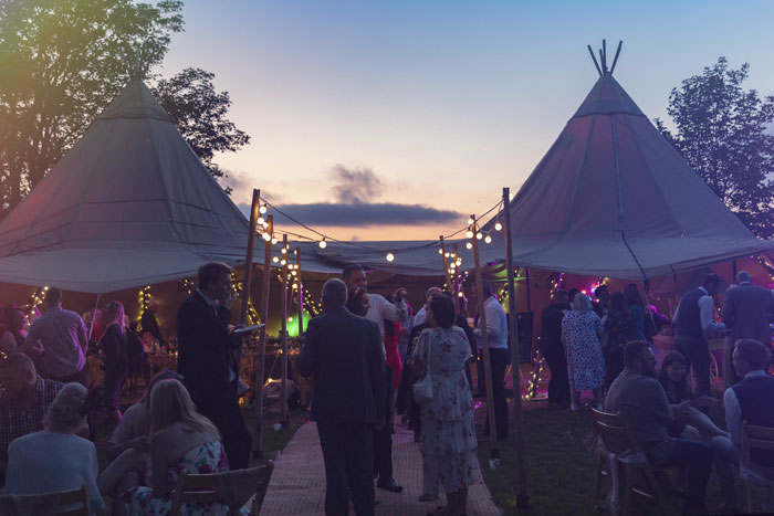 a-diy-tipi-wedding-in-north-yorkshire-19