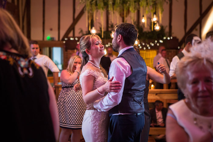 a-summer-berkshire-wedding-filled-with-flowers-5