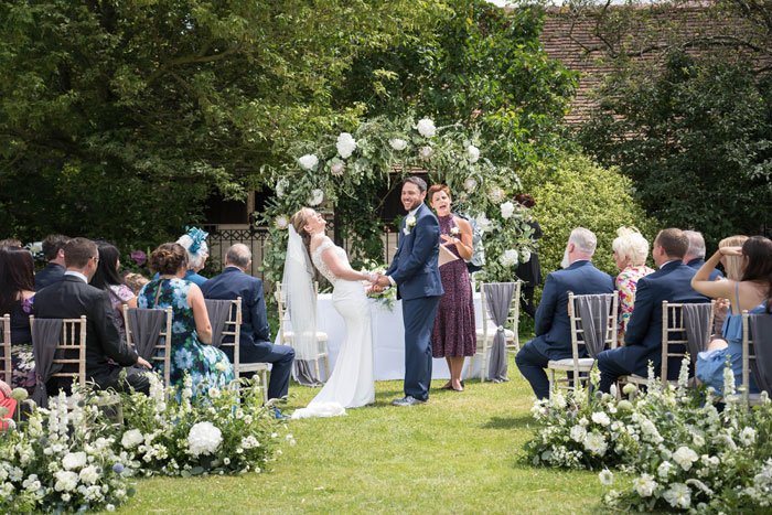 a-summer-berkshire-wedding-filled-with-flowers-25