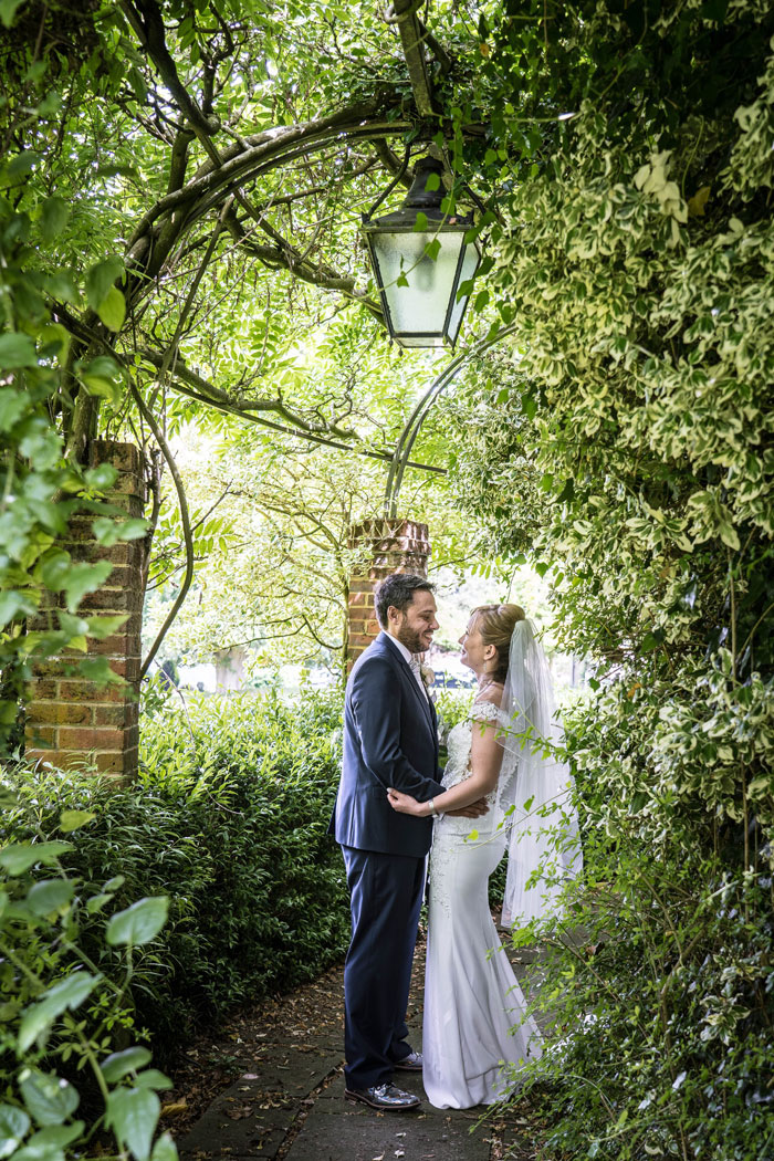 a-summer-berkshire-wedding-filled-with-flowers-28