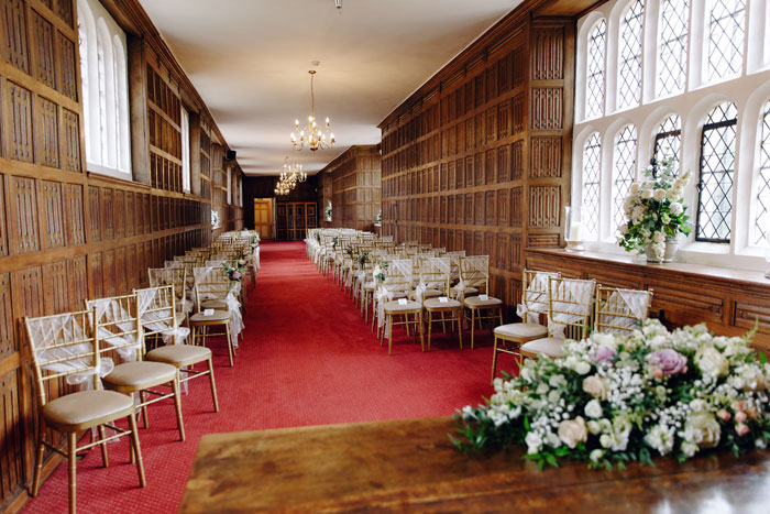 a-stately-home-wedding-in-essex-with-special-touches-16