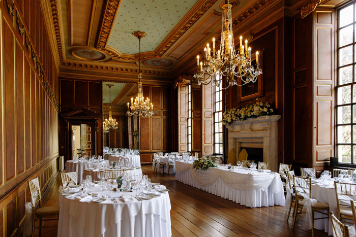a-stately-home-wedding-in-essex-with-special-touches-29