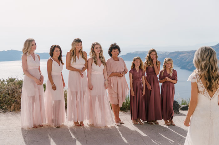 a-small-and-intimate-wedding-in-santorini-16