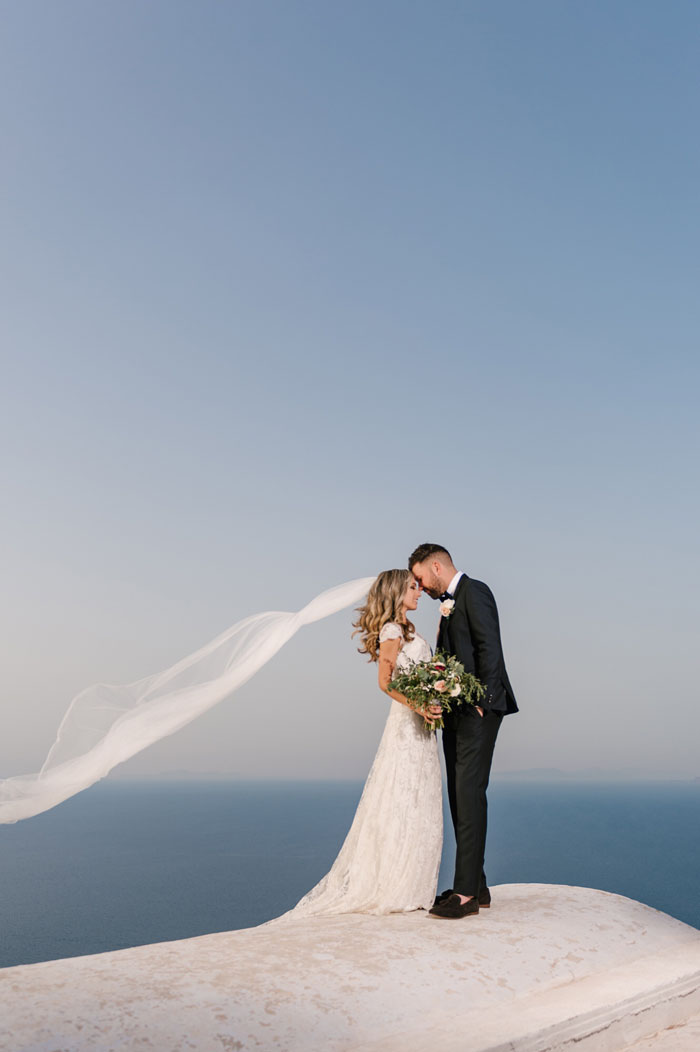 a-small-and-intimate-wedding-in-santorini-41