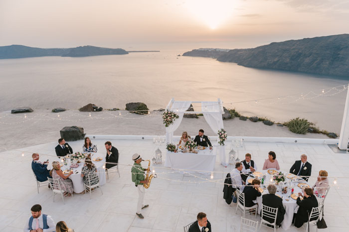 a-small-and-intimate-wedding-in-santorini-45