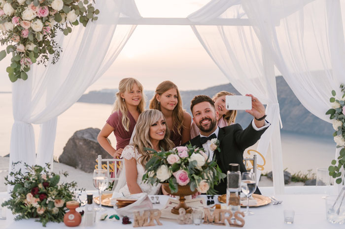 a-small-and-intimate-wedding-in-santorini-46