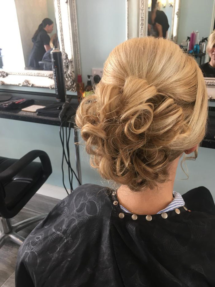 ideas-for-your-bridal-hair-and-what-to-consider-15