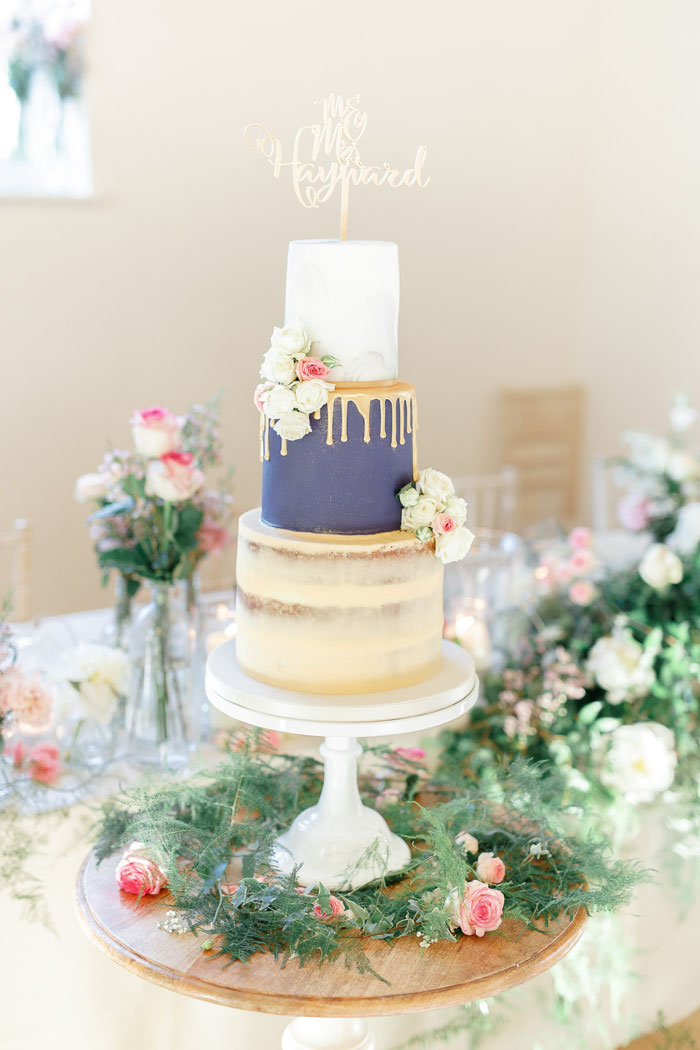 wedding-pantone-colour-of-the-year-2020-classic-blue-6