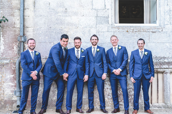 wedding-pantone-colour-of-the-year-2020-classic-blue-7
