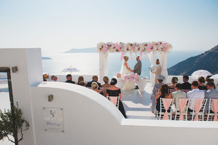 a-santorini-wedding-with-a-spectacular-sunset-16