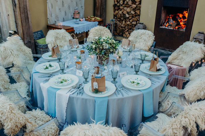 six-ways-to-keep-guests-warm-during-a-winter-wedding-2