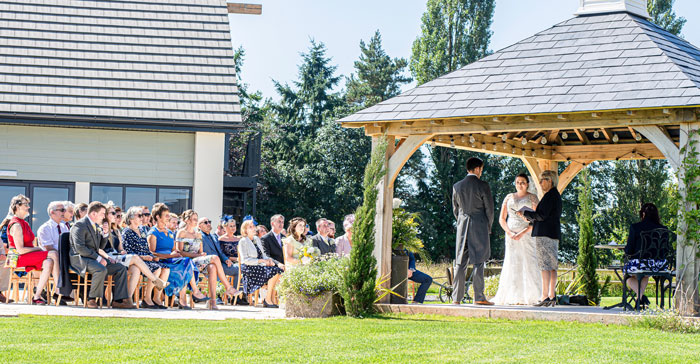 wedding-venue-fact-file-harefield-barn-devon-2