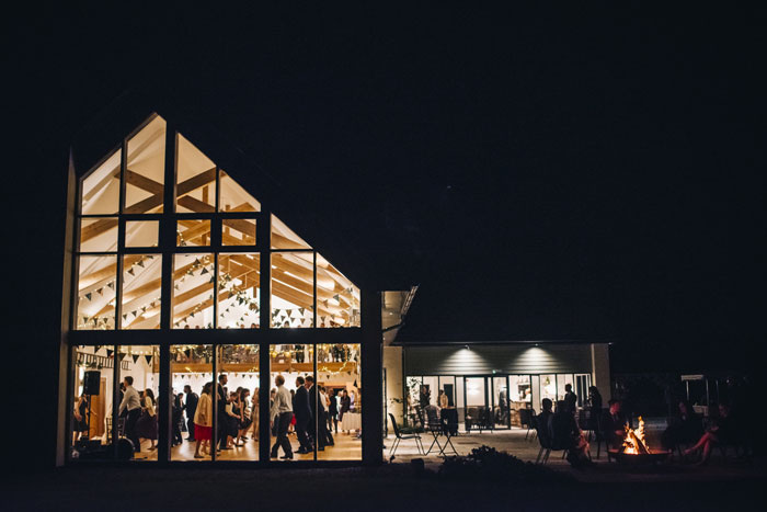 wedding-venue-fact-file-harefield-barn-devon-8