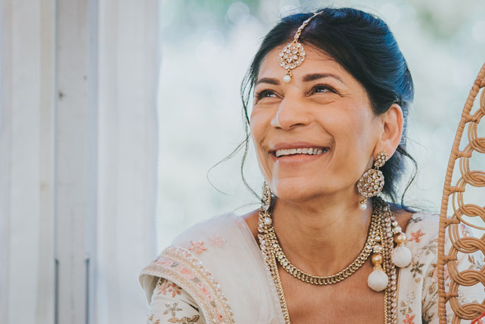 a-colourful-indian-fusion-wedding-in-dorset-5