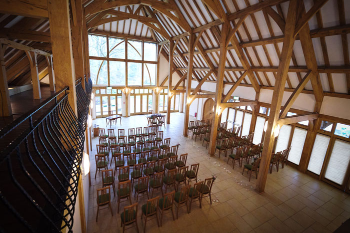 a-rustic-spring-wedding-at-riverdale-barn-in-hampshire-2