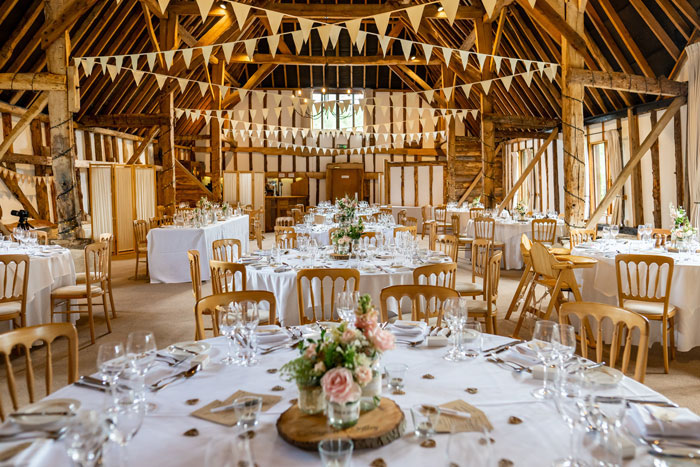 an-english-country-wedding-at-clock-barn-in-hampshire-21