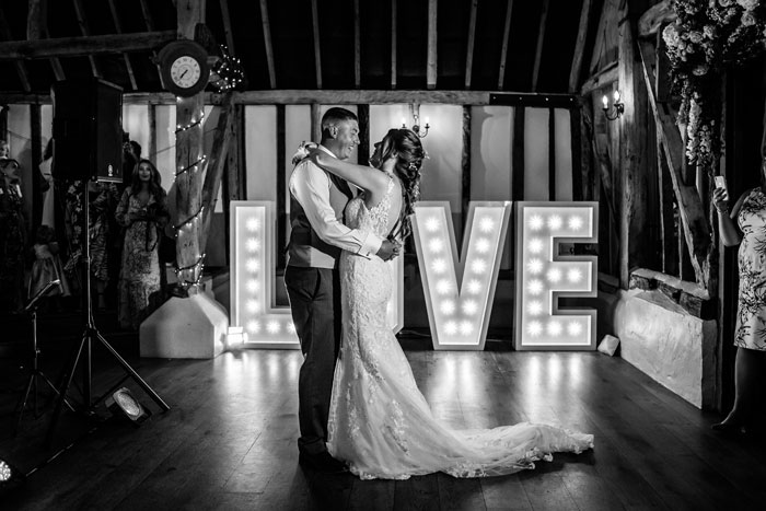 an-english-country-wedding-at-clock-barn-in-hampshire-97