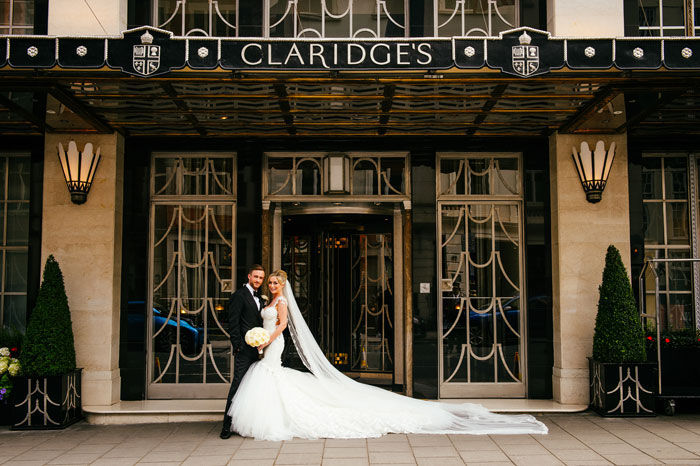 a-white-black-and-gold-wedding-in-claridges-mayfair-38