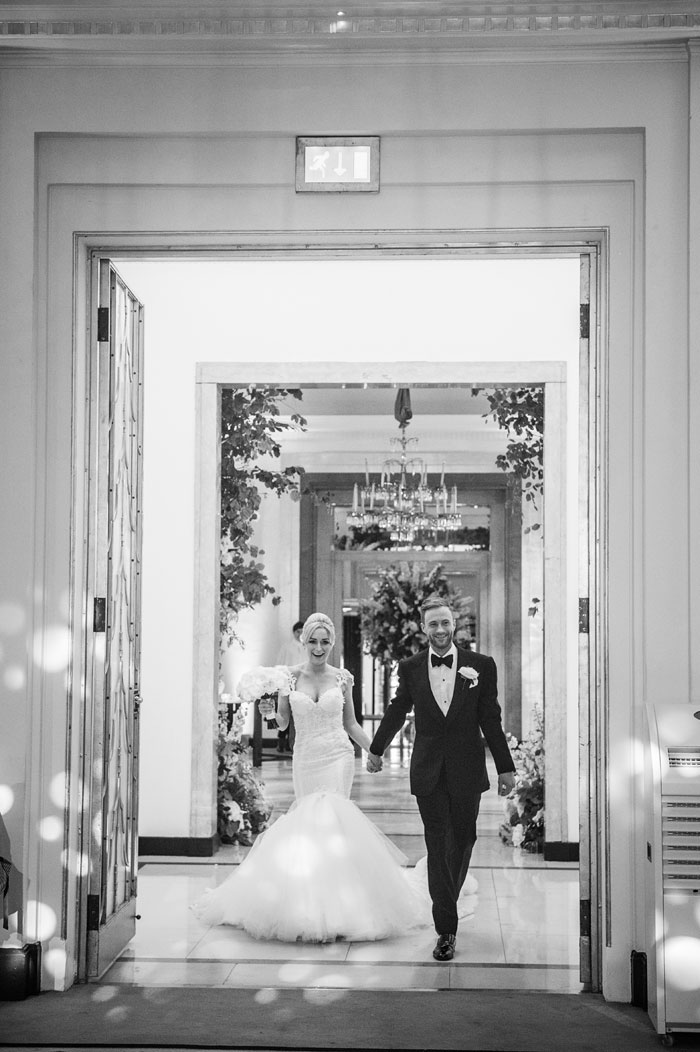 a-white-black-and-gold-wedding-in-claridges-mayfair-44
