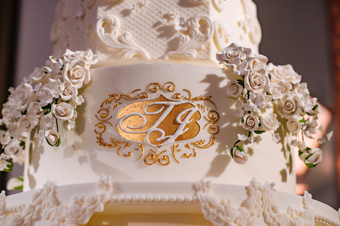 a-white-black-and-gold-wedding-in-claridges-mayfair-53