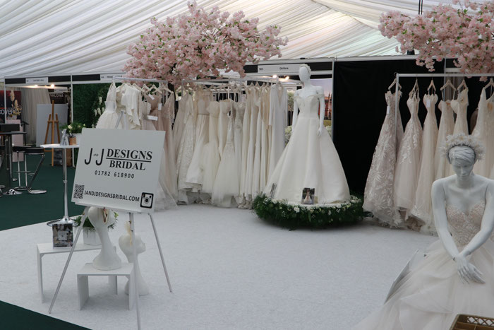 getting-the-party-started-at-bride-the-wedding-show-at-tatton-park-2020-5