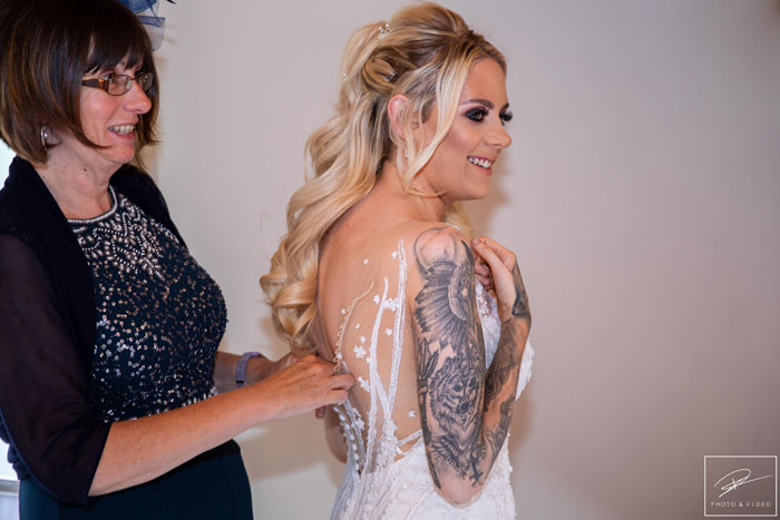 a-pink-summer-wedding-in-cheshire-7