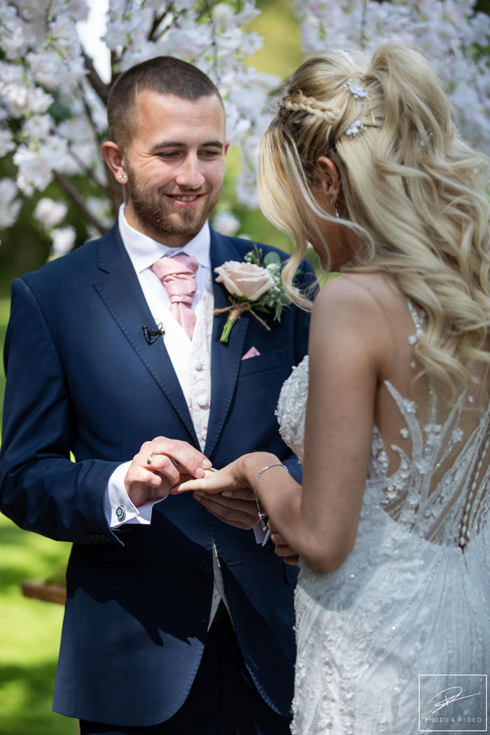 a-pink-summer-wedding-in-cheshire-9