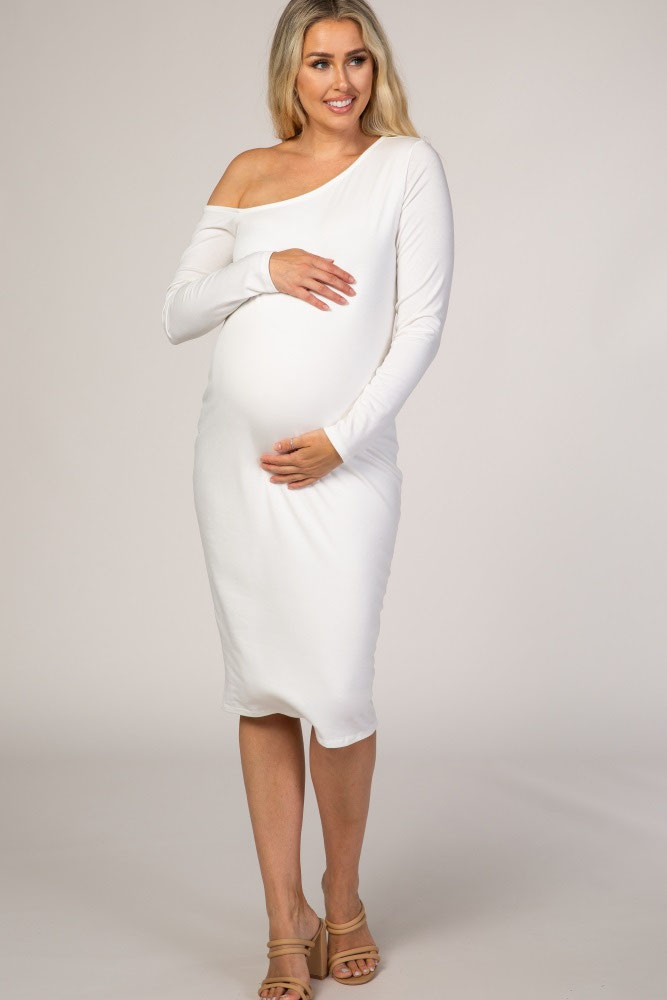 31-fabulous-maternity-wedding-dresses-2020-15