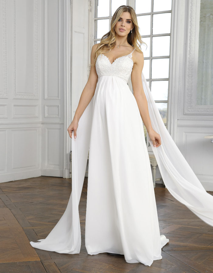 31-fabulous-maternity-wedding-dresses-2020-22