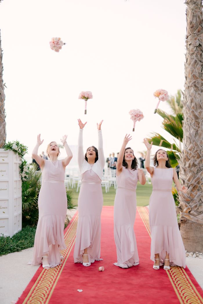 white-and-gold-wedding-dubai-12