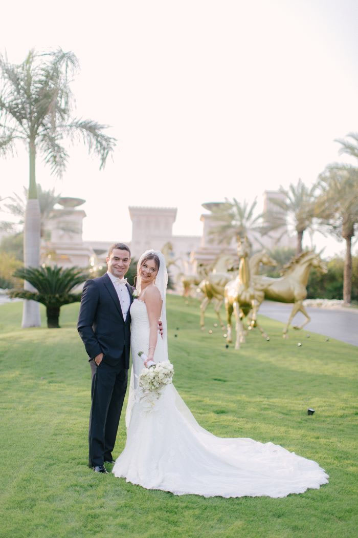 white-and-gold-wedding-dubai-27