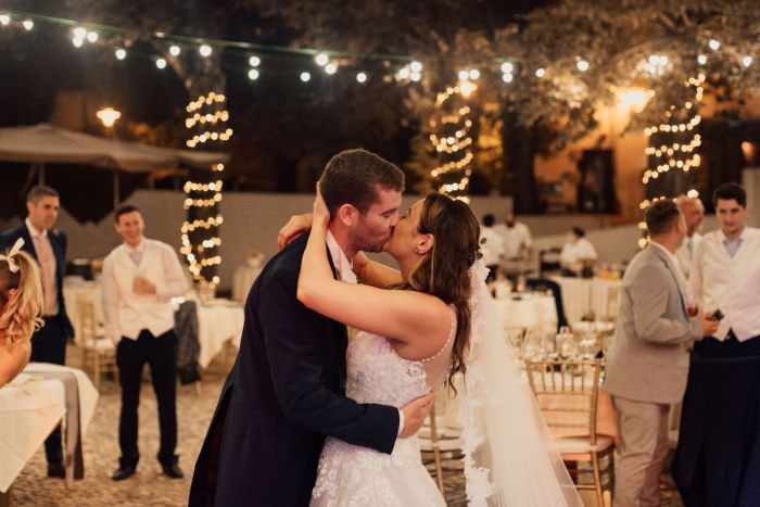 traditional-but-personal-wedding-portugal-21