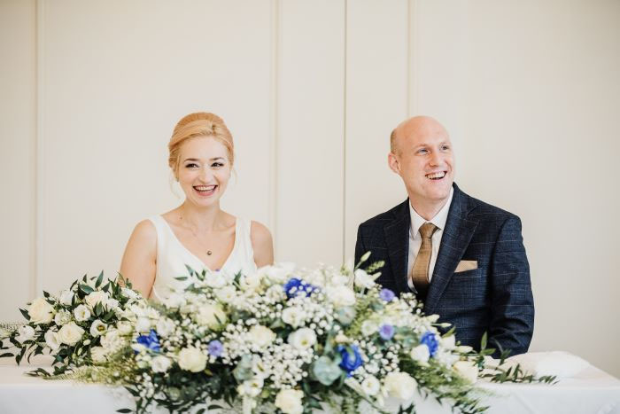 small-and-personal-wedding-in-berkshire-12