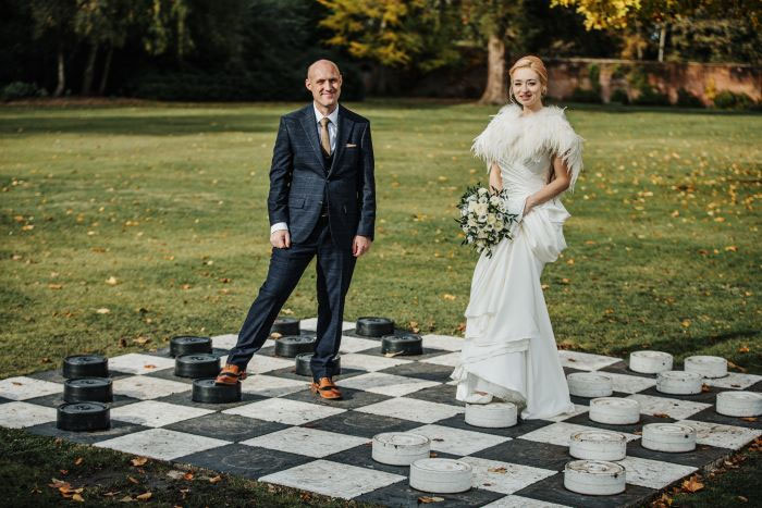 small-and-personal-wedding-in-berkshire-18