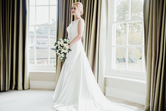 small-and-personal-wedding-in-berkshire-24