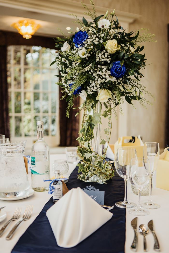 small-and-personal-wedding-in-berkshire-29