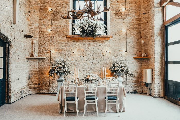 romantic-and-rustic-shoot-in-the-cotswolds-42