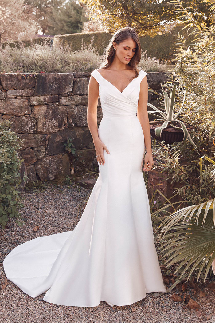 wedding-dress-matches-your-name-25