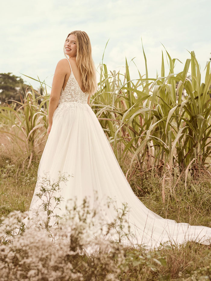 wedding-dress-matches-your-name-103