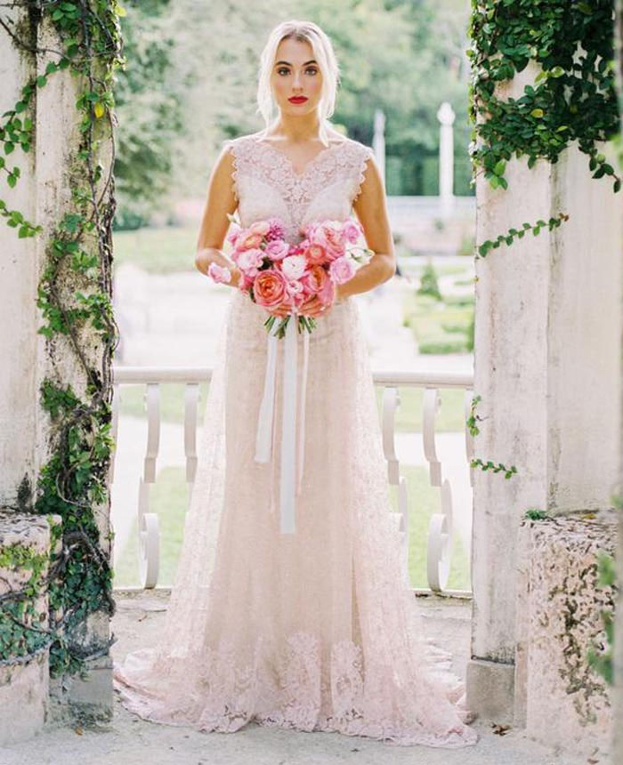 21-pink-wedding-dresses-2021-collections-3